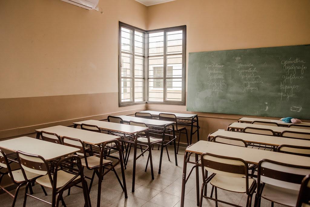 2020-10-16- OBRAS Y SERVICIOS PÚBLICOS: Dos escuelas de Pie de Palo modernizan su infraestructura