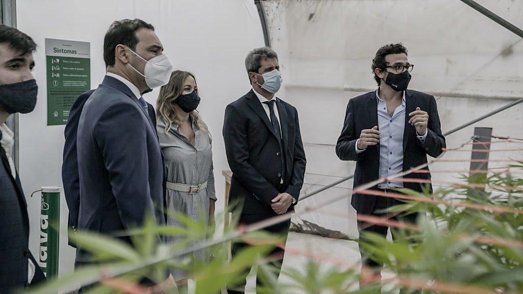 2020-12-2 PRENSA En Jujuy, Uñac firmó un convenio con Israel para capacitar al personal de salud en el uso e indicaciones del cannabis medicinal (12)